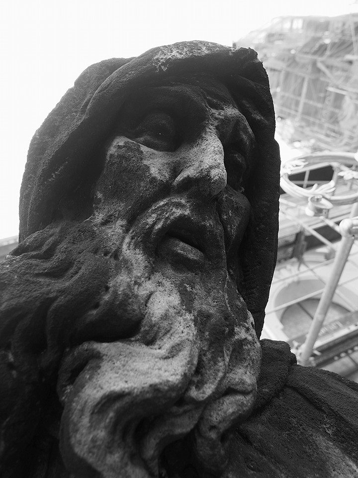 Na staroměstském Sv. Mikuláši. Praha 12.XI.2014 - Foto: Eugen Kukla