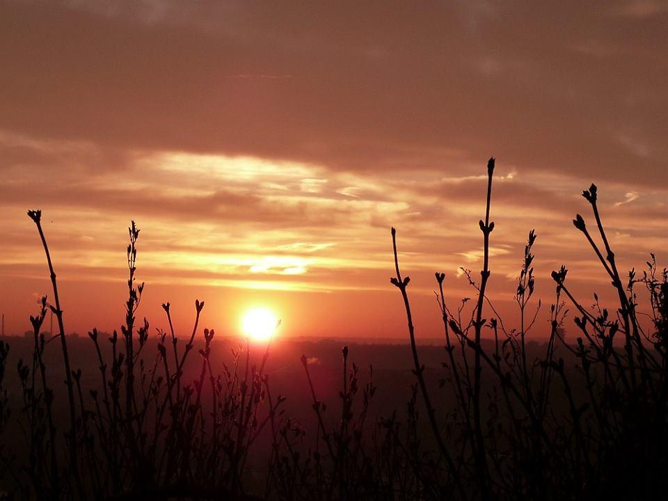 Slunce vychází nad Prahou - Foto: Filip L. Skála
