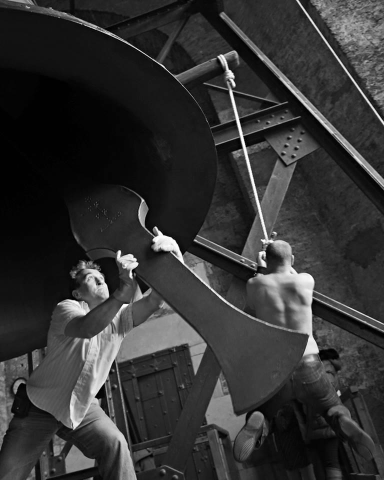 Chytání srdce zvonu na konci zvonění - Foto: Eugen Kukla