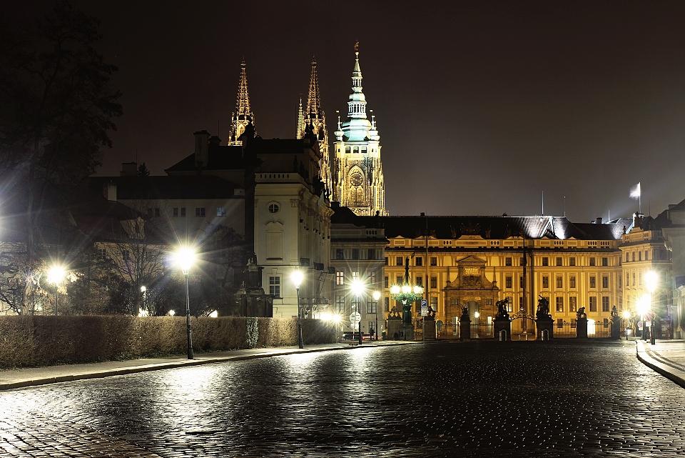Hradčanské náměstí - Foto: Lenka Rondevaldová