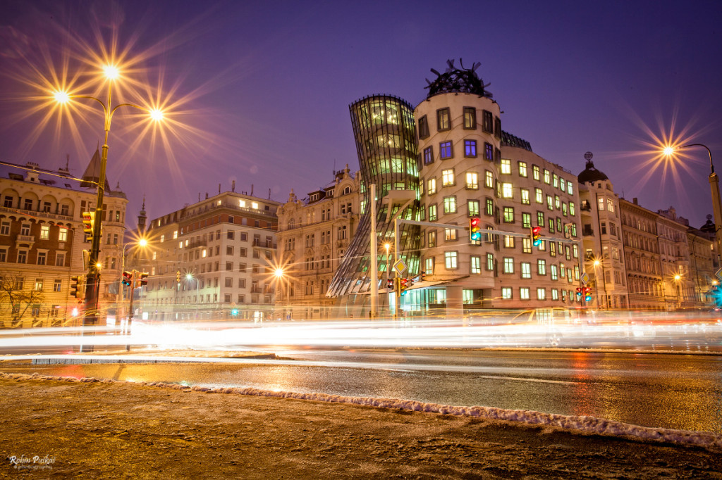 Tančící dům - Foto: Robin Puškáš