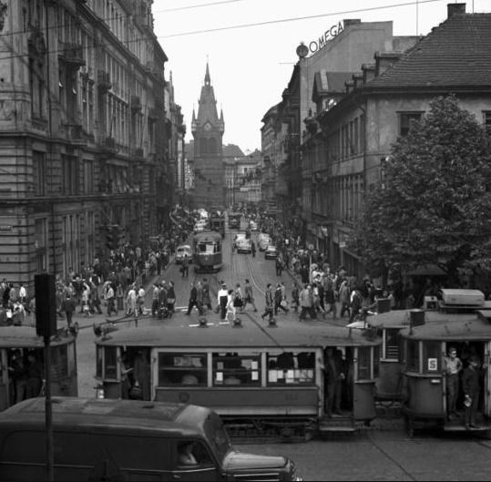 Původně se uvažovalo, že obchodní dům bude stát na pomezí Jindřišské a Senovážného náměstí - Foto: Markland