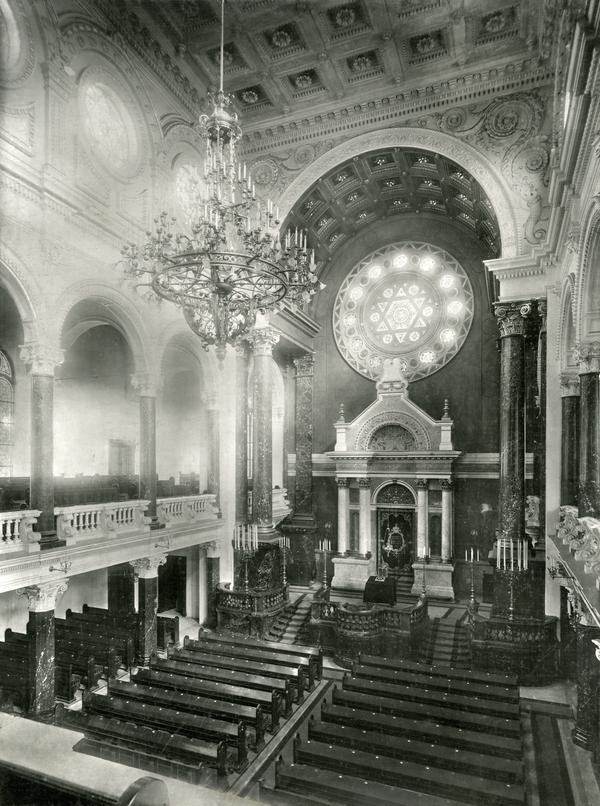 Interiér Vinohradské synagogy