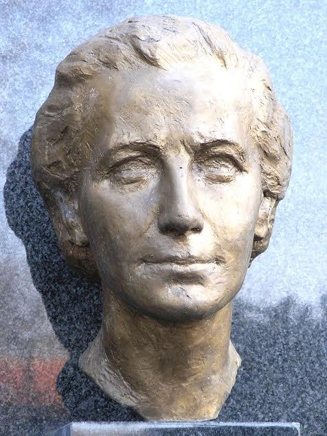Busta Milady Horákové od Jaroslavy Lukešové