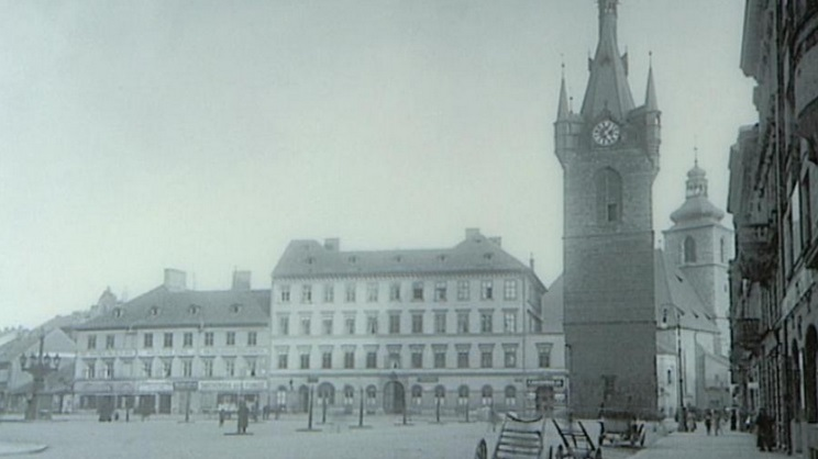 Nová podoba Jindřišské věže po regotizaci Josef Mockerem v 19. století
