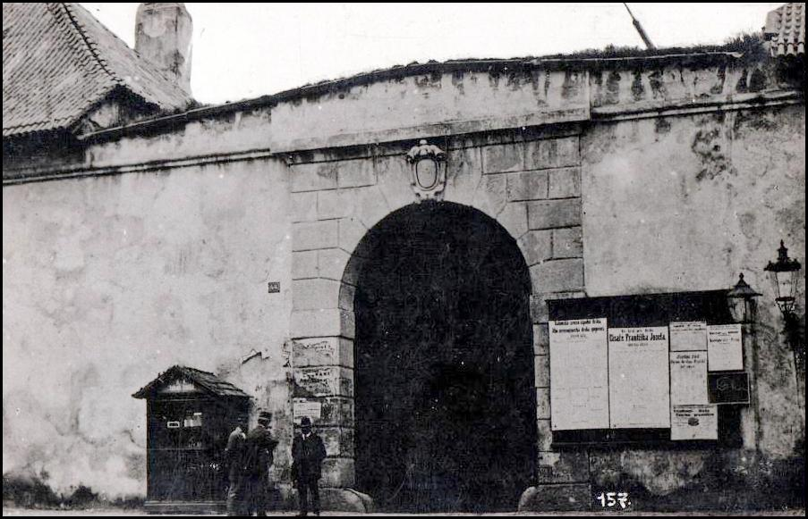 Žitná brána ze strany Nového Města pražského