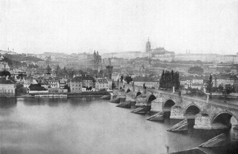 Panorma (1856) Malé strany a Hradčan. Můžete si povšimnout, že chrám sv. Víta ještě nemá vybudované 2 neogotické věže. - Foto: Andreas Groll