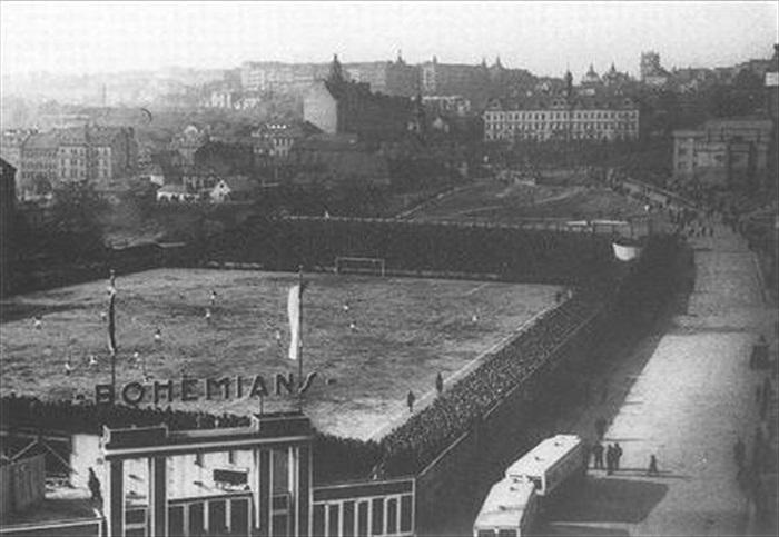 Dnešní stadion Bohemians stojí přesně na místě tehdejšího Danneráku v