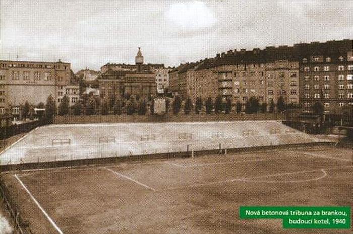 Nová betonová tribuna - Archiv: bohemians.cz