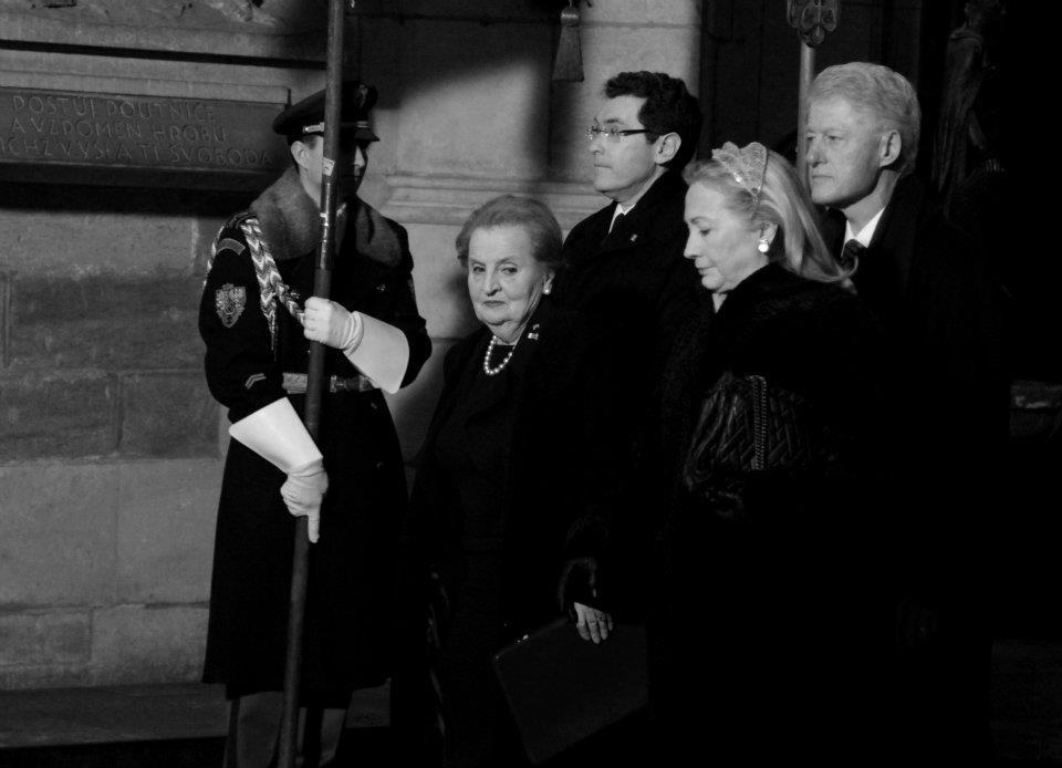 Do Prahy se sjeli prezidneti a princové ze 42 států celého světa, aby se rozloučili s Václavem Havlem - Foto: Eugen Kukla