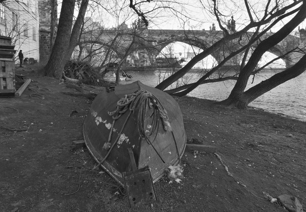 Labutí dům na staroměstská severní náplavce u Karlova mostu. Praha 22.II.2016. - Foto: Eugen Kukla