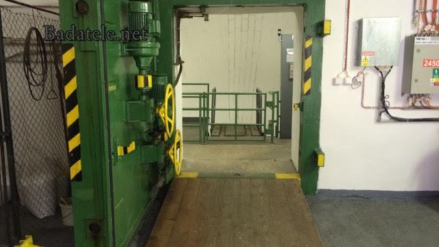 A pohled opačným směrem tj od vestibulu k hornímu eskalatovorýmu tunelu - Foto: Jaroslav Mareš; badatele.net
