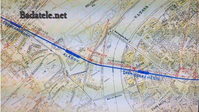 """Detail plánu části trasy pojmenované jako """"B"""" se stanicí Klárov. Vedle českých popisek jsou i ruské. Na stalinském metru se totiž podíleli i inženýři z Moskvy."""