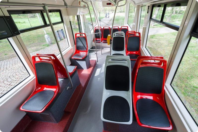 Tramvaj 14T po inovaci - Foto: Archiv DPP