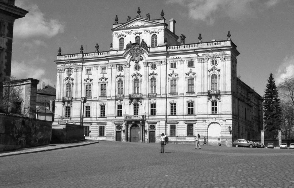 Arcibiskupský palác; 1981 - Foto: Miroslav Fapšo