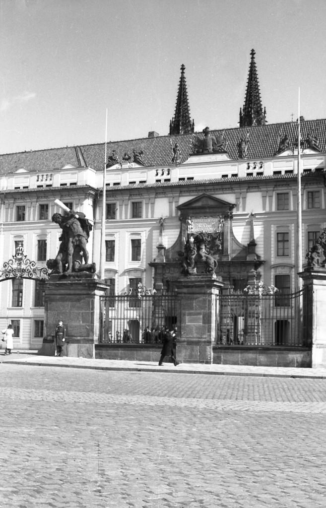 Pražský hrad; 1981 - Foto: Miroslav Fapšo