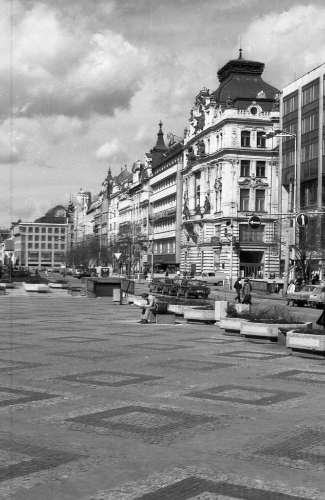 Václavské náměstí; 1981 - Foto: Miroslav Fapšo