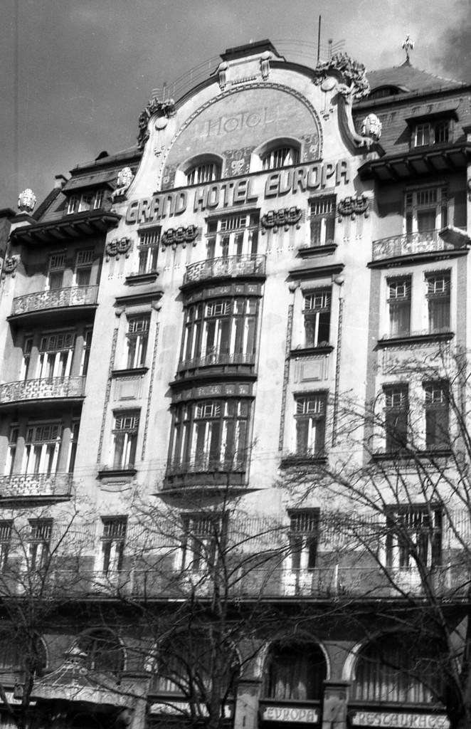 Grand hotel Evropa na Václavském náměstí; 1981 - Foto: Miroslav Fapšo