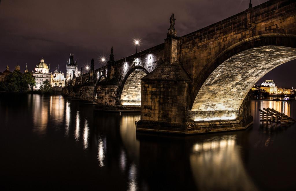 Karlův most, poprvé jsem ho fotil z téhle strany.- Foto: Milan Bachan