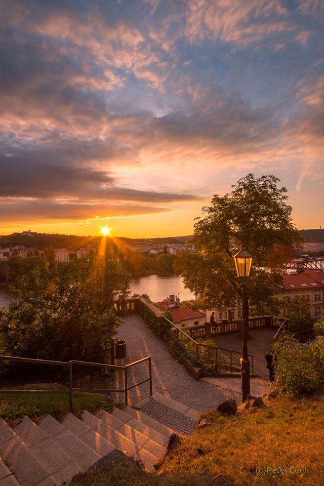 Vyšehradský západ slunce - Foto: Peter Čech